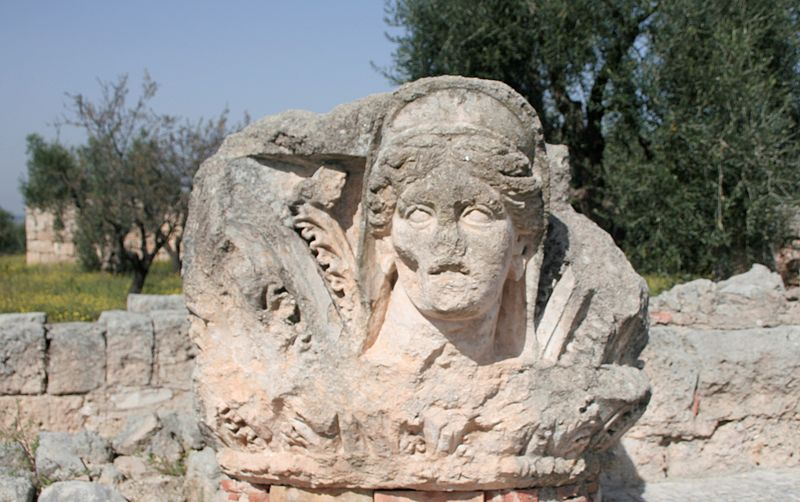 Basilica_di_San_Leucio_8.JPG