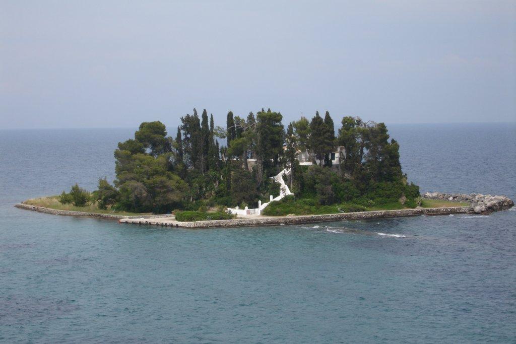 Pontikonisi_Island_05-06-06.jpg